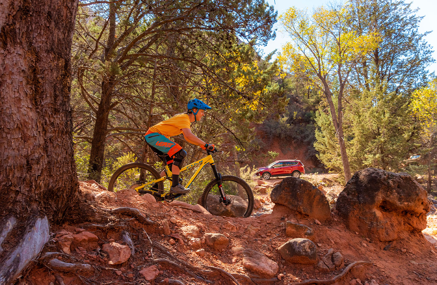 Mountain Biker Lauren Gregg cruising red rock of Sedona, Az. Daniel Britton, Lifestyle, Adventure Photographer
