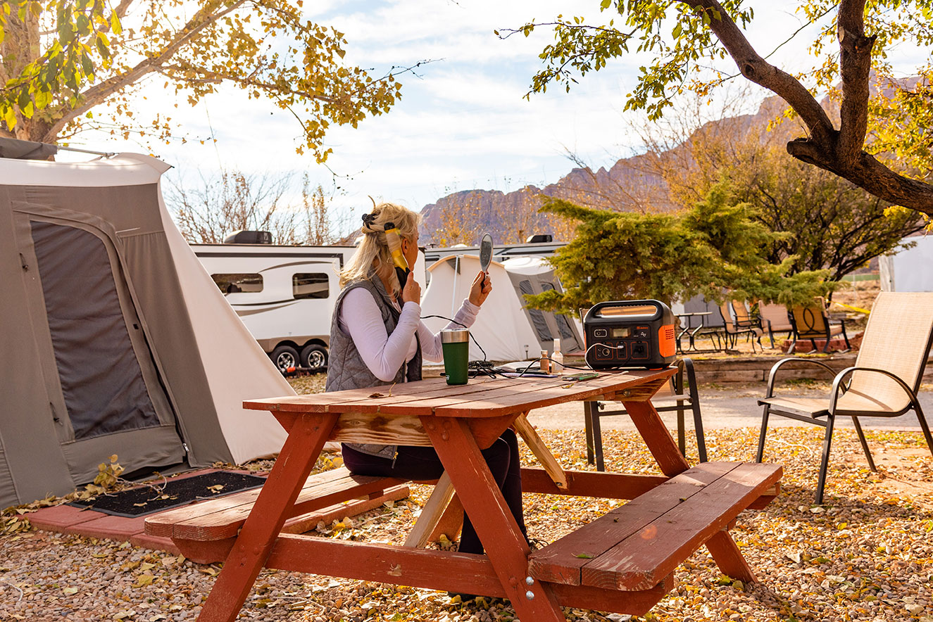 Jackery Portable Power Moab, Utah, Camping, Lifestyle and Adventure Photographer Daniel Britton